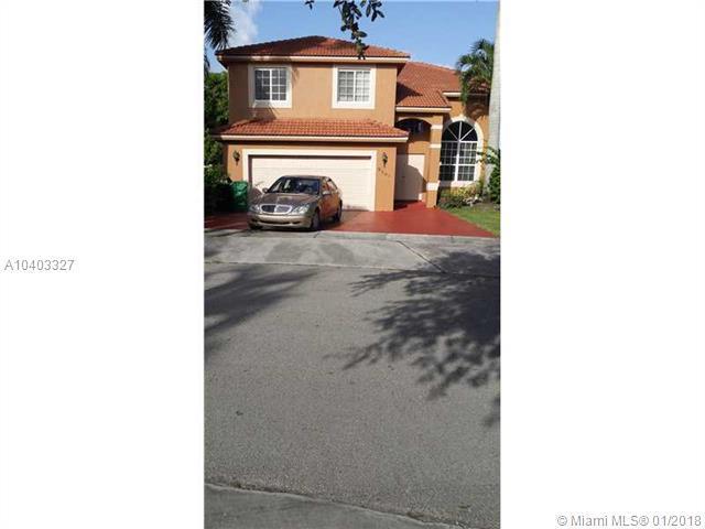 9501 SW 165 CT, Miami, FL 33196 (MLS #A10403327) :: Prestige Realty Group