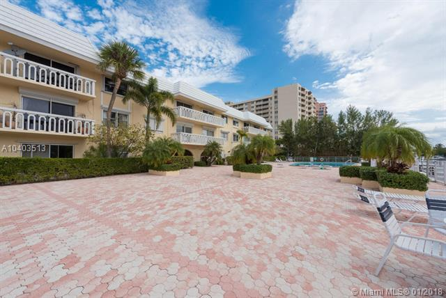 100 Edgewater Dr #115, Coral Gables, FL 33133 (MLS #A10403513) :: Hergenrother Realty Group Miami