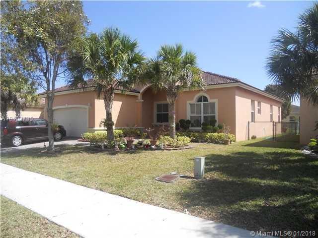 1351 SE 16th Ave, Homestead, FL 33035 (MLS #A10403730) :: Carole Smith Real Estate Team