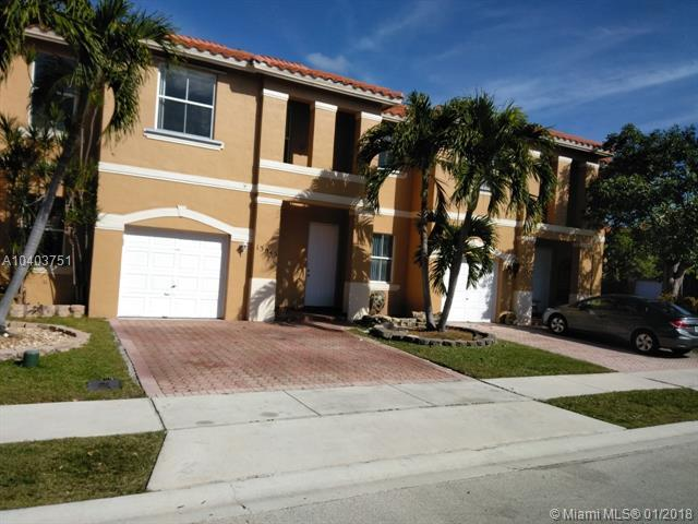 13545 NW 9th St, Pembroke Pines, FL 33028 (MLS #A10403751) :: Green Realty Properties
