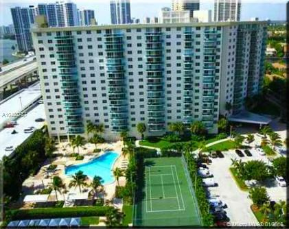 19380 Collins Ave #506, Sunny Isles Beach, FL 33160 (MLS #A10403787) :: The Teri Arbogast Team at Keller Williams Partners SW