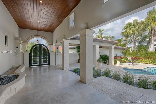 7223 Monaco St, Coral Gables, FL 33143 (MLS #A10403917) :: Hergenrother Realty Group Miami