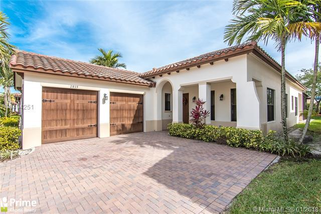 2805 NW 84th Ter, Cooper City, FL 33024 (MLS #A10404251) :: Green Realty Properties
