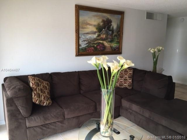 4320 NW 79th Ave 2H, Doral, FL 33166 (MLS #A10404487) :: Calibre International Realty