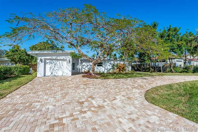 2307 NE 12 St, Fort Lauderdale, FL 33304 (MLS #A10404570) :: Green Realty Properties