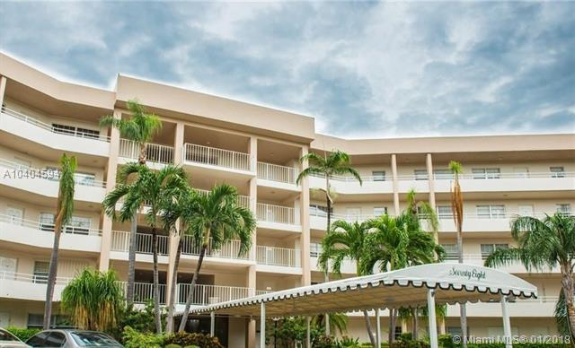 3960 Oaks Clubhouse Dr #404, Pompano Beach, FL 33069 (MLS #A10404594) :: Prestige Realty Group