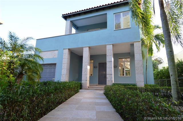 612 Alcazar Ave, Coral Gables, FL 33134 (MLS #A10404623) :: Hergenrother Realty Group Miami