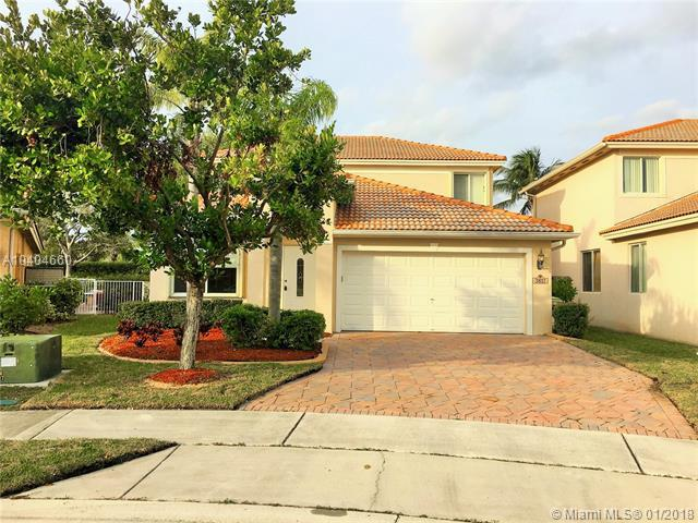 3833 Woodfield Dr, Coconut Creek, FL 33073 (MLS #A10404660) :: The Teri Arbogast Team at Keller Williams Partners SW