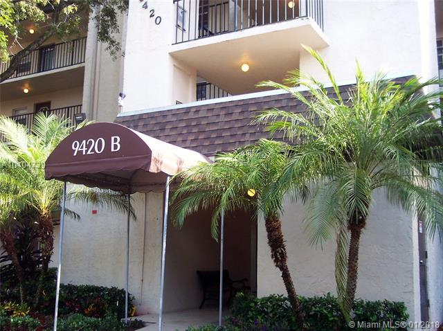 9420 Poinciana Pl #110, Davie, FL 33324 (MLS #A10404739) :: Castelli Real Estate Services