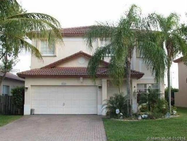 6100 NW 40th St, Coral Springs, FL 33067 (MLS #A10404821) :: Green Realty Properties