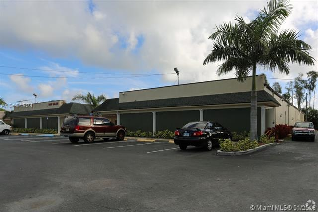 1490 S Military Trl #2, West Palm Beach, FL 33415 (MLS #A10404824) :: Hergenrother Realty Group Miami