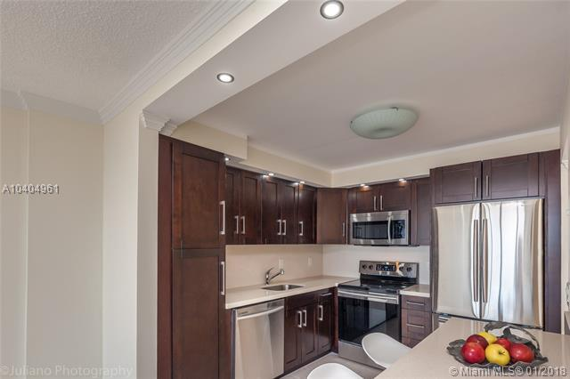 2401 S Ocean Dr #1406, Hollywood, FL 33019 (MLS #A10404961) :: Green Realty Properties