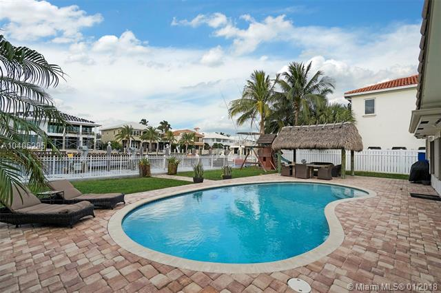1611 SE 11th St, Fort Lauderdale, FL 33316 (MLS #A10405295) :: The Teri Arbogast Team at Keller Williams Partners SW