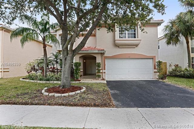 145 Gables Blvd, Weston, FL 33326 (MLS #A10405339) :: Green Realty Properties