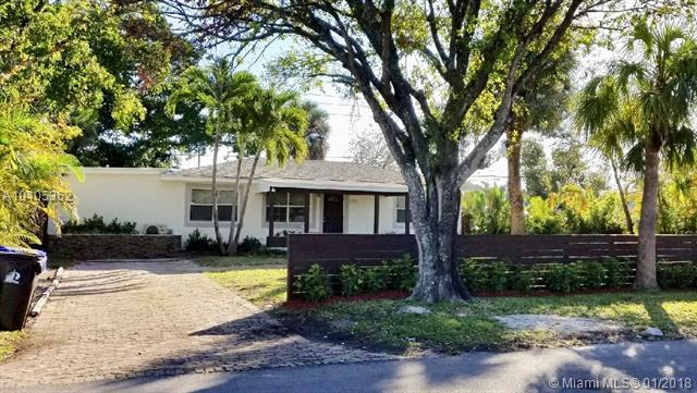 1020 NW 4th Ave, Fort Lauderdale, FL 33311 (MLS #A10405362) :: Green Realty Properties