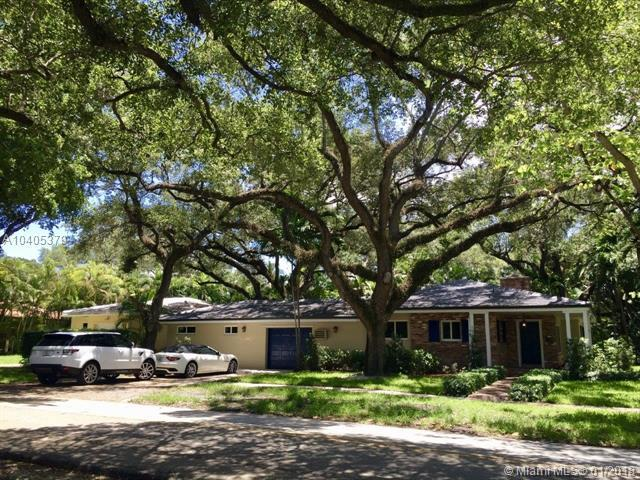 Coral Gables, FL 33146 :: Hergenrother Realty Group Miami