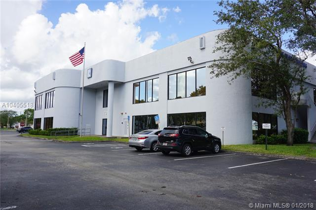 701 Promenade Dr D, Pembroke Pines, FL 33026 (MLS #A10405518) :: Castelli Real Estate Services