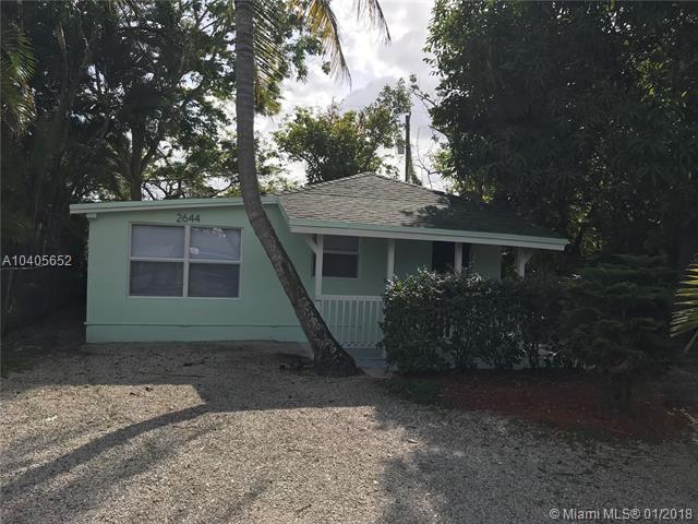 2644 Cherokee Ave, West Palm Beach, FL 33409 (MLS #A10405652) :: Stanley Rosen Group