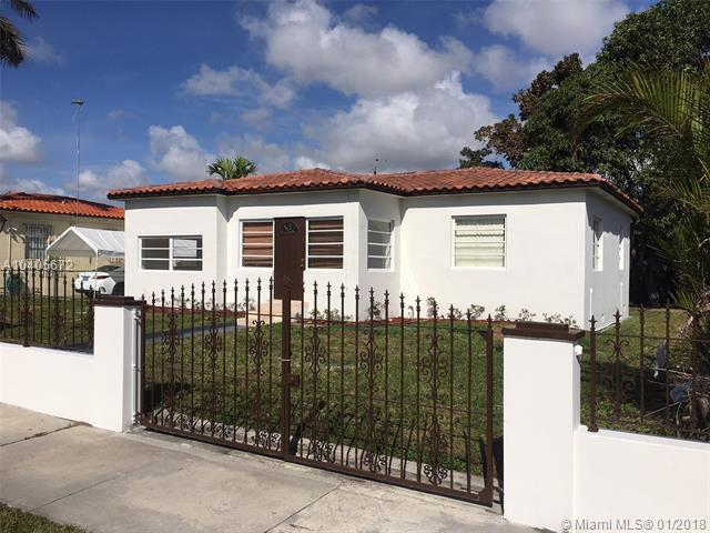 3931 NW 2nd Ter, Miami, FL 33126 (MLS #A10405672) :: Green Realty Properties