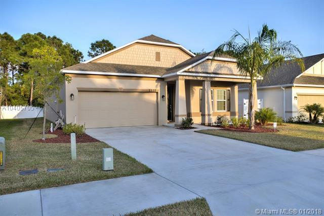 5335 NW Wisk Fern Cir, Port St. Lucie, FL 34986 (MLS #A10405705) :: Green Realty Properties