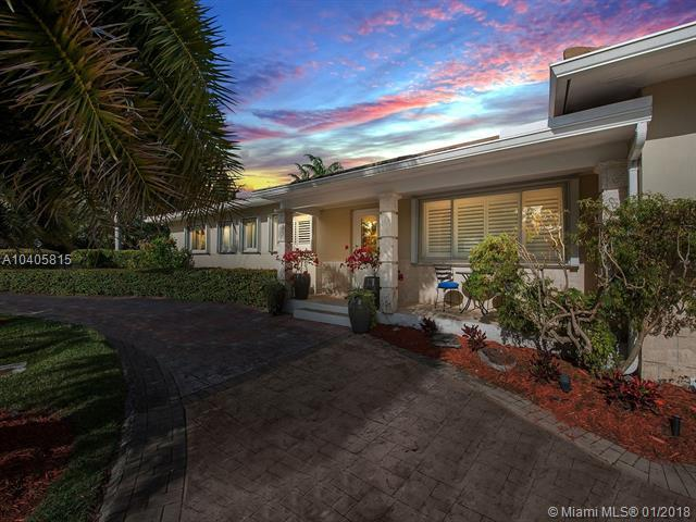 6001 SW 65th Ave, South Miami, FL 33143 (MLS #A10405815) :: The Teri Arbogast Team at Keller Williams Partners SW
