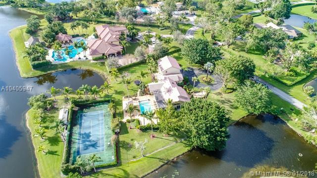 10076 El Caballo Ct, Delray Beach, FL 33446 (MLS #A10405947) :: Green Realty Properties