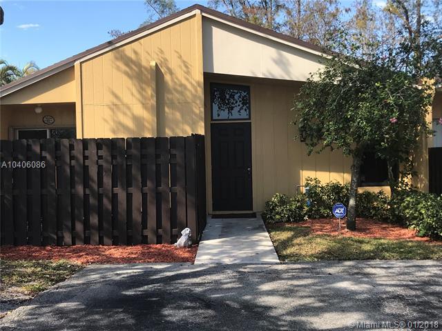 11635 Orange Blossom Lane 8-C, Boca Raton, FL 33428 (MLS #A10406086) :: The Teri Arbogast Team at Keller Williams Partners SW