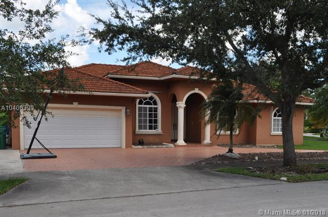 7759 NW 162nd Ter, Miami Lakes, FL 33016 (MLS #A10406399) :: The Teri Arbogast Team at Keller Williams Partners SW