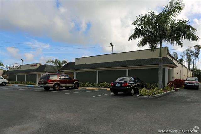 1490 S Military Trl #7, West Palm Beach, FL 33415 (MLS #A10406621) :: Hergenrother Realty Group Miami