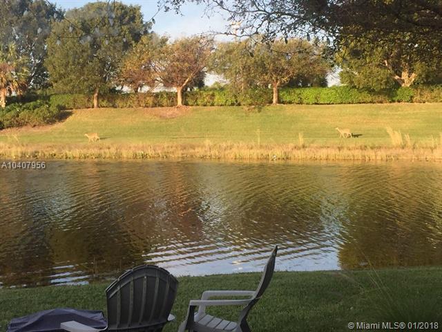 400 Conservation, Weston, FL 33327 (MLS #A10407956) :: Stanley Rosen Group