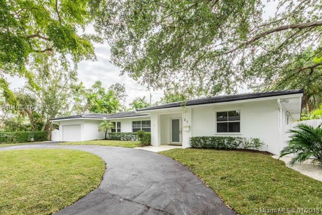 54 Prospect Dr, Coral Gables, FL 33133 (MLS #A10408316) :: Green Realty Properties