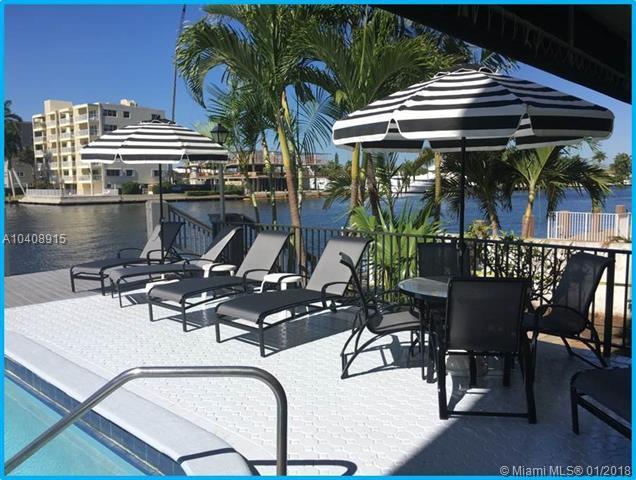 3233 NE 32nd Ave #1203, Fort Lauderdale, FL 33308 (MLS #A10408915) :: The Teri Arbogast Team at Keller Williams Partners SW