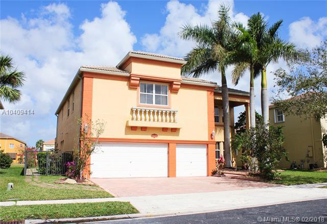 16753 SW 12th St, Pembroke Pines, FL 33027 (MLS #A10409414) :: The Teri Arbogast Team at Keller Williams Partners SW