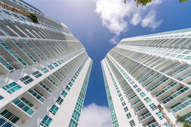 951 Brickell Av #3105, Miami, FL 33131 (MLS #A10410898) :: The Riley Smith Group