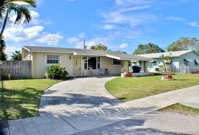 1919 Gardenia Rd, Fort Lauderdale, FL 33317 (MLS #A10411098) :: The Teri Arbogast Team at Keller Williams Partners SW