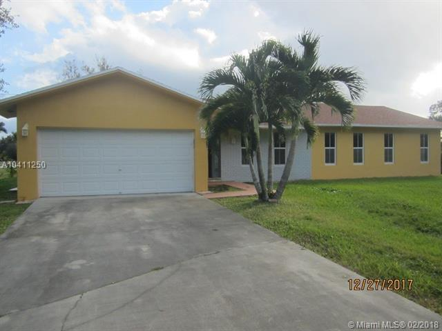 4900 SW 166th Ave, Southwest Ranches, FL 33331 (MLS #A10411250) :: The Teri Arbogast Team at Keller Williams Partners SW