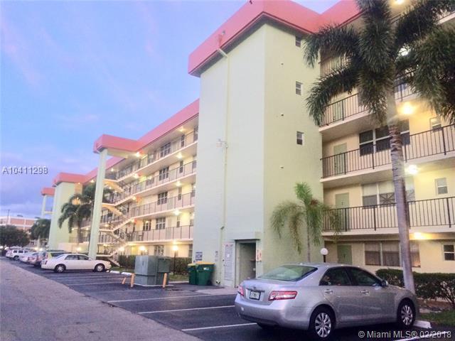 5321 NE 24th Ter 403A, Fort Lauderdale, FL 33308 (MLS #A10411298) :: The Teri Arbogast Team at Keller Williams Partners SW