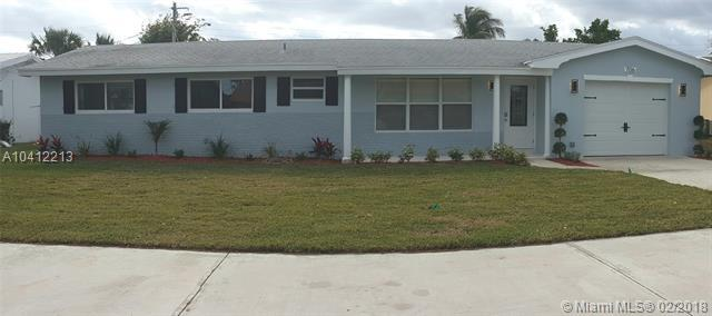 706 SW 24th Ave, Boynton Beach, FL 33435 (MLS #A10412213) :: The Teri Arbogast Team at Keller Williams Partners SW
