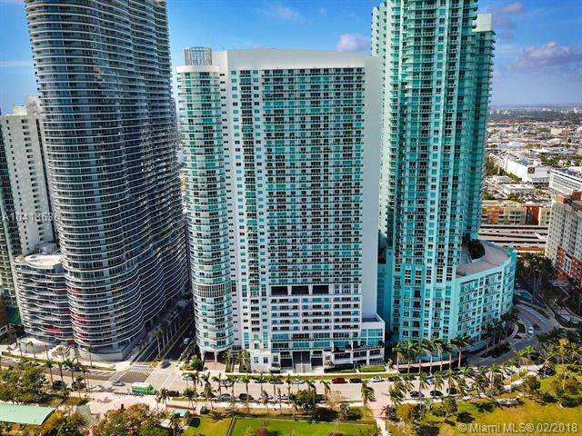 1800 N Bayshore Dr #1615, Miami, FL 33132 (MLS #A10413636) :: The Teri Arbogast Team at Keller Williams Partners SW