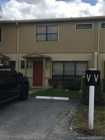 3370 Beau Rivage Dr 3V, Pompano Beach, FL 33064 (MLS #A10414081) :: The Teri Arbogast Team at Keller Williams Partners SW