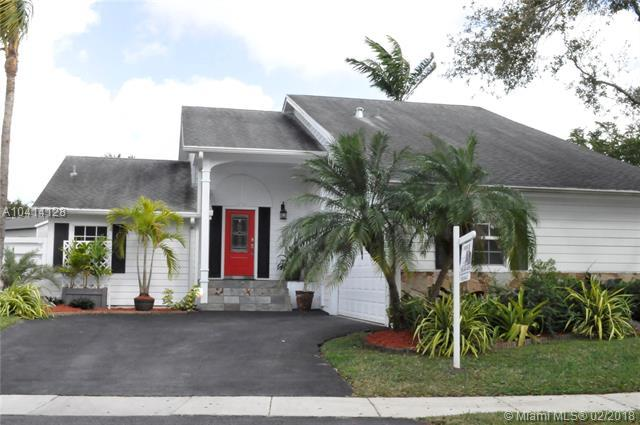 14933 SW 143rd Ct, Miami, FL 33186 (MLS #A10414128) :: The Teri Arbogast Team at Keller Williams Partners SW