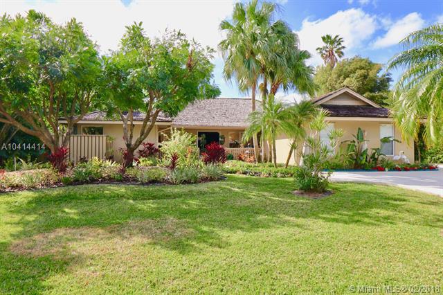 1 Carrick Rd, Palm Beach Gardens, FL 33418 (MLS #A10414414) :: The Teri Arbogast Team at Keller Williams Partners SW