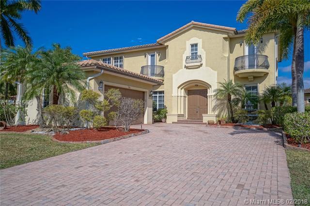 7126 NW 123rd Ave, Parkland, FL 33076 (MLS #A10414565) :: The Teri Arbogast Team at Keller Williams Partners SW