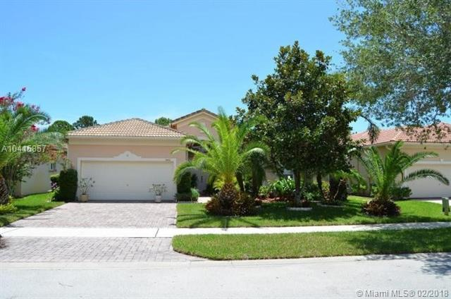 5426 Place Lake Dr, Fort Pierce, FL 34951 (MLS #A10415857) :: The Teri Arbogast Team at Keller Williams Partners SW