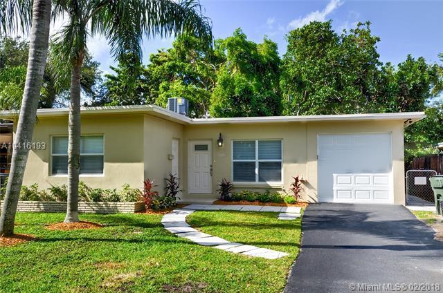 1835 Park Ln, Fort Lauderdale, FL 33315 (MLS #A10416193) :: The Teri Arbogast Team at Keller Williams Partners SW