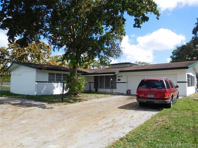 400 SW 62nd Ave, Plantation, FL 33317 (MLS #A10416195) :: The Teri Arbogast Team at Keller Williams Partners SW