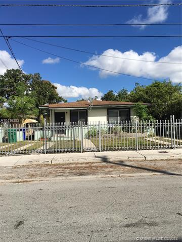 117 NW 52nd St, Miami, FL 33127 (MLS #A10416383) :: The Teri Arbogast Team at Keller Williams Partners SW