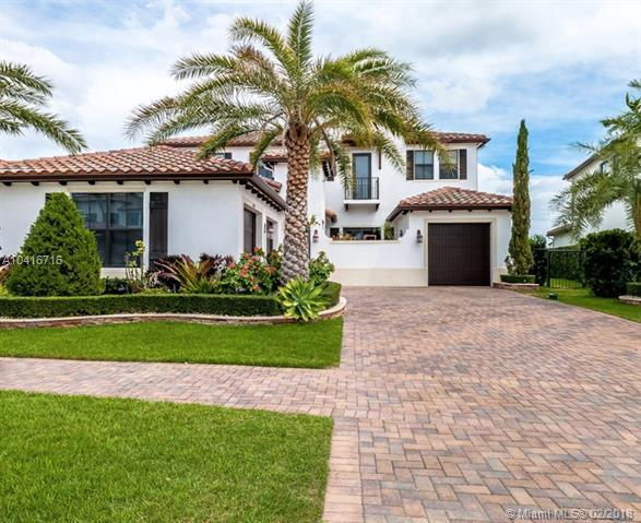 8320 NW 30th St, Cooper City, FL 33024 (MLS #A10416716) :: The Teri Arbogast Team at Keller Williams Partners SW