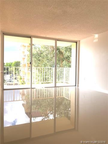 13100 SW 92nd Ave A-305, Miami, FL 33176 (MLS #A10416782) :: The Teri Arbogast Team at Keller Williams Partners SW