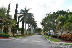 1420 NE 33rd Ave 104-15, Homestead, FL 33033 (MLS #A10417114) :: The Teri Arbogast Team at Keller Williams Partners SW